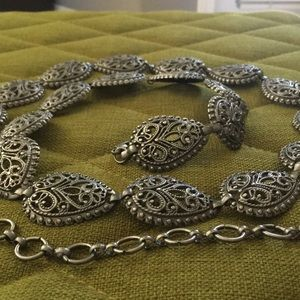"""None Accessories - 💋3/$15 Silver Link Paisley Style Belt 51"""""""
